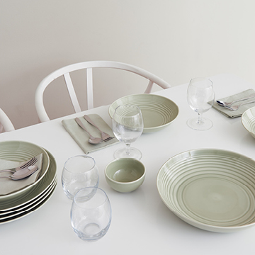 Dating back to 1815 the Royal Doulton brand is synonymous with creating tableware u0026 crystal that has the ability to span generations. & Royal Doulton Outlet | Tableware Crystal u0026 Stemware