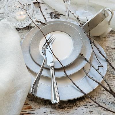 Dinner Sets, Bowls & Plates