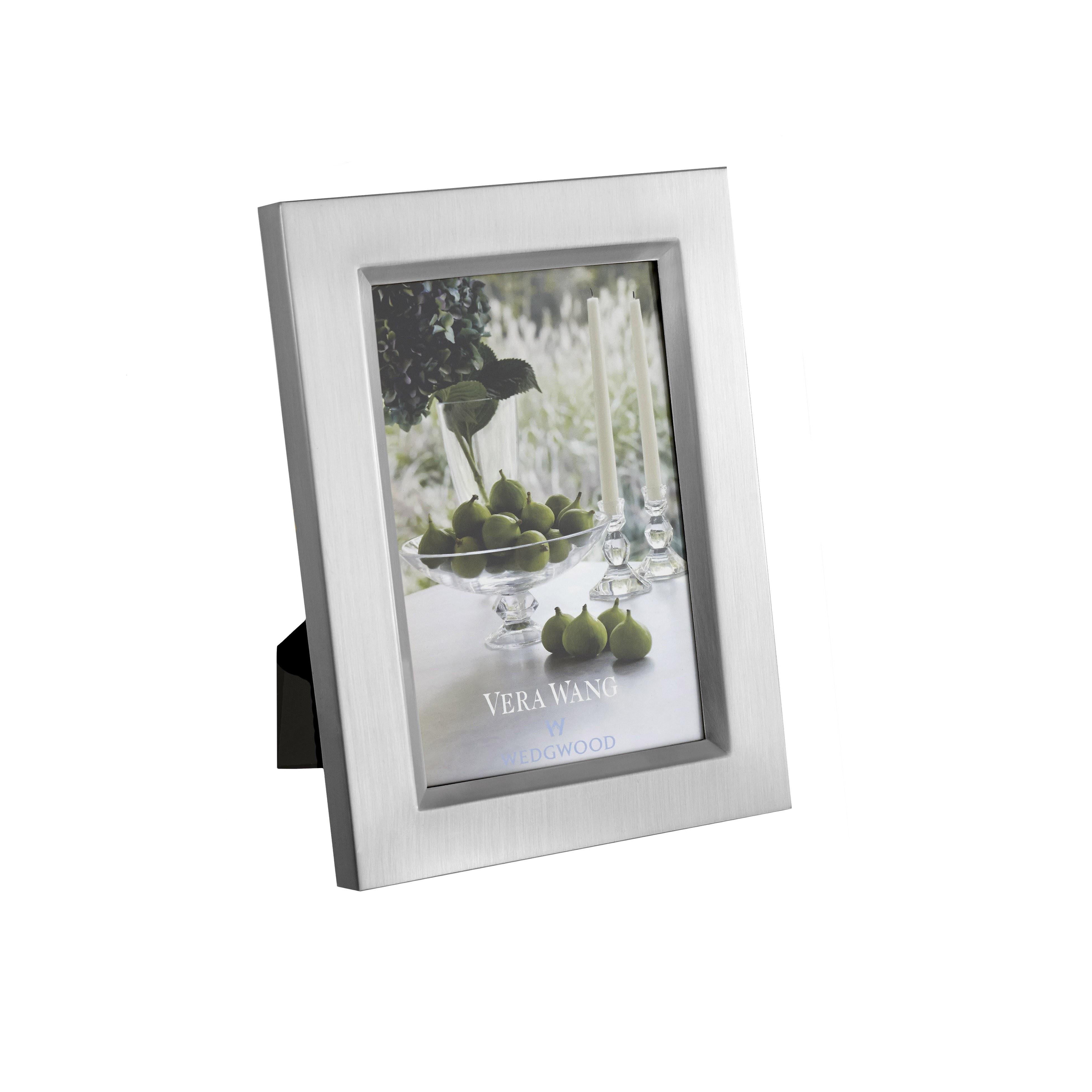 "Vera Wang Wedgwood Wedgwood  Satin Silver Frame 4"" x 6"" (10 x 15cm)"