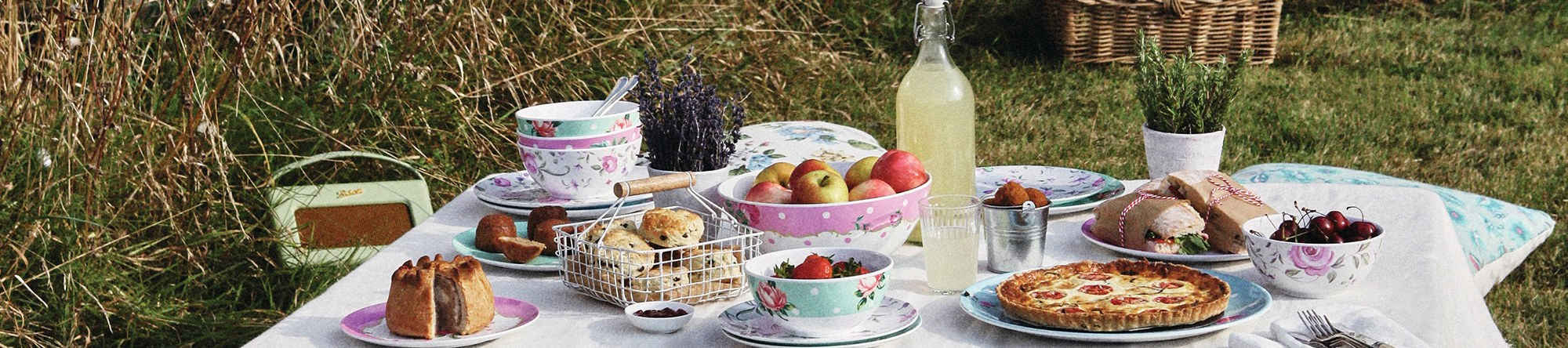 Outdoor Living Brands : Outdoor Living - Royal Doulton® Outlet