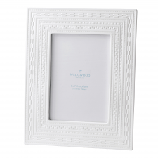 "Wedgwood Intaglio White Frame 5x7"""