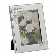 "Vera Wang Wedgwood Lace Bouquet Frame 4""x6"""