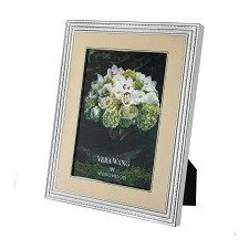 """Vera Wang With Love Gold Frame 5"""" x 7"""""""