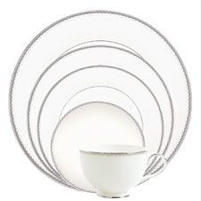 Monique Lhuillier Waterford Dentelle 5 Piece Place Setting