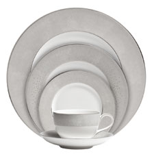Monique Lhuillier Waterford Stardust 5 Piece Place Setting